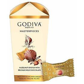 Godiva Masterpiece Hazelnut Oyster with Belgian Milk Chocolate Box, 193g
