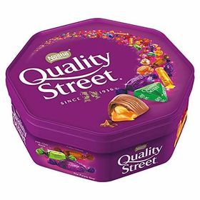 Nestle Quality Street Assorted Milk and Dark Chocolate and Toffees Tub, 720g and Silver Plated Coin