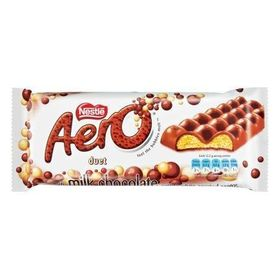 Nestle Aero Duet Smooth Milk Chocolate With A White Aerated Centre, 135G